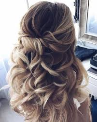 33 We Love Homecoming Hairstyles Half Up Half Down Curls