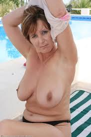 Free huge tit mature porn