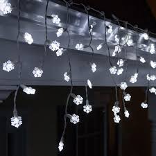 Ice White Led Christmas Lights Buy 70 Snowflake Cool White Led Icicle Lights 7 5 White Wire