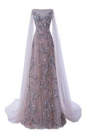 25 best ideas about Queen dress on Pinterest Princess gowns.