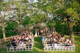 outdoor wedding venues. 5 Rustic Tulsa Wedding Venues