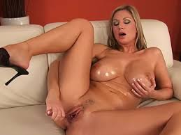 Hot blond juicy pussy