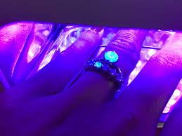Diamond Ring Under Uv Light Are Your Diamonds Fluorescent Or Phosphorescent And What