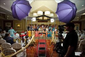 wedding photography lighting large groups