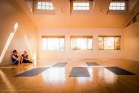 play goorus yoga retreat in pacific palisades photo 1