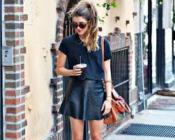 how to wear a leather mini skirt in summer