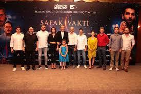 Başrolünü oynarken ağlatan film: '15/07 Şafak Vakti'ni çekmek Erkan  Petekkaya için hiç kolay olmadı  - Yeni Şafak