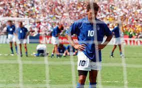 روبرتو باجيو.. بطل تحوَّل إلى رماد في إيطاليا بسبب إهدار ركلة جزاء استثنائية