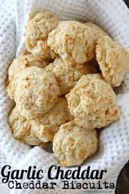 garlic cheddar drop biscuits easy homemade biscuit recipe similar to red lobster biscuits snappygourmet
