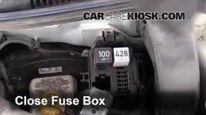 blown fuse check 1999 2005 volkswagen jetta 2004 volkswagen 6 replace cover secure the cover and test component