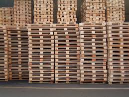 Pallets Wood Pallets Vs Plastic Pallets Which Is Better For My Supply Chain