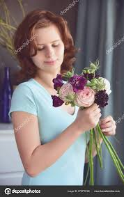 Scabiosa Floral Design Red Haired Girl Florist Makes Unusual Bouquet Peony Roses