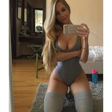 Iphone videos of sexy curvy women