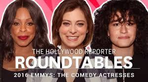 thr s full comedy actress roundtable ilana glazer gina rodriguez rachel bloom more