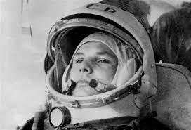 Yuri gagarin was the first man in space. Rwad9jlj2o1fsm