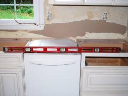 check to make sure your base cabinets are level across their entire length if not