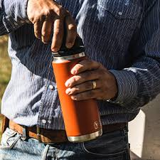 Yeti rambler 14 oz mug, stainless steel, vacuum insulated with standard lid. Amazon Com Yeti Rambler 14 Oz Stainless Steel Vacuum Insulated Mug With Lid Black Sports Outdoors
