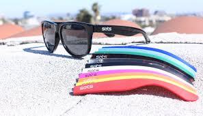 <b>Sets</b> upgrades <b>polarized sunglasses</b> with snap-on hinges - SlashGear