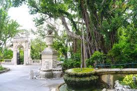 take a visit to vizcaya museum and gardens in miami usa it s a gem simplyenjoytravel vizcaya gem architecture art garden usa