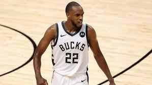 Milwaukee Bucks rolling through NBA ...
