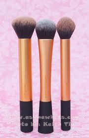 best brush to apply my liquid and cream foundation with a few buffing motion