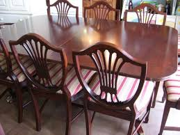 own a vine thomasville duncan phyfe dining table 10 chippendale shield back chairs