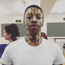 glitter giraffe makeup
