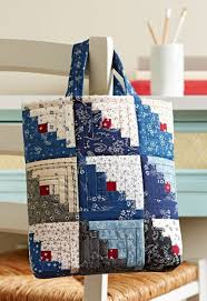 Free Bag Patterns | AllPeopleQuilt.com & Mini Log Cabin Bag Adamdwight.com