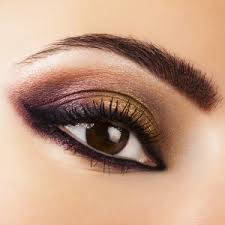in order to have the makeup for brown eyes you need to know the kind of clothes you are wearing this way you shall know the way of going about it
