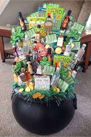 awesome gift basket ideas for raffles