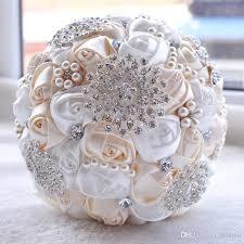 Luxury Silky Rose Wedding Bouquet Flowers Crystal Brooch Bridal Holding Flowers Tassel Full Diamond Wedding Bouquet Decorations Cpa1547
