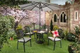 amalfi 4 seater garden dining set with parasol. hartman beaumont 4 seater round set amalfi garden dining with parasol