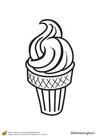 Enfant heureux avec personnage de dessin animé de dessert d'été doux. Coloriage D Une Delicieuse Glace Italienne En Cornet
