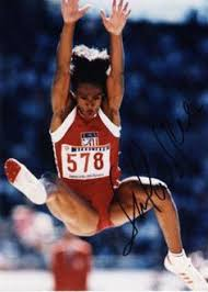 「Jackie Joyner-Kersee becomes the first woman ever to win two consecutive Olympic gold medals in the heptathlon.」の画像検索結果