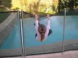 Cancelletti Ad Angolo Per Bambini : Recinzione per piscina rc around distribution s r l
