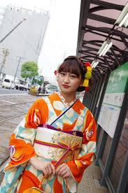 キモノグラースの着物コーディネートと着物の遊び方 広島 並木通り