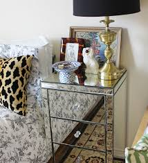 Leons Bedroom Furniture The Iluisionnighttable Styled Three Ways Http Wwwleonsca