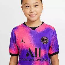 Shop official psg jerseys at world soccer shop. Nike Paris Saint Germain Jordan 20 21 4th Trikot Kinder Hyper Pink Black Im Online Shop Von Sportscheck Kaufen