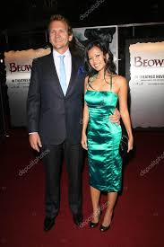 Sebastian Roche and Ivy Nguyen – Stock Editorial Photo © s_bukley #15918485