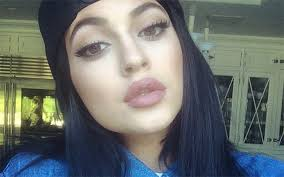 kylie jenner finally admits to lip fillers no one surprised