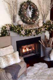 Living Room Christmas Decor 25 Best Ideas About Christmas Mantle Decorations On Pinterest