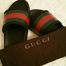 gucci used. gucci flip flop (mens) used g