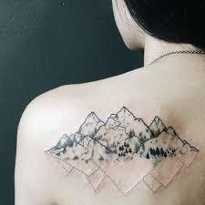 Hodnota A Verze Tetování Hory