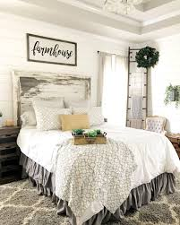 Rustic Farmhouse Style Master Bedroom Ideas (48