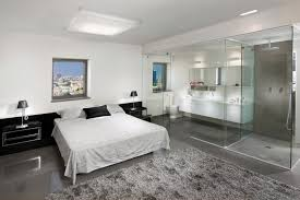 modern master bedroom with bathroom design. Beautiful Modern Modern Master Bedroom With Glass En Suite Bathroom Doors Baos Integrados  En A La Habitacin Throughout With Design Pinterest