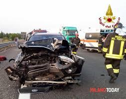 Incidente in A4, schianto fra tre auto a Marcallo: 8 feriti ...