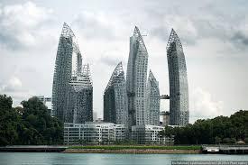 Жилой комплекс reflections в Сингапуре Варламов ру К сожалению в России ее практически нет поэтому приходится улетать на другой конец света чтобы насладиться настоящими шедеврами современной архитектуры