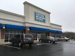 Bobs Stores And EMS Facing Bankruptcy Again - Bobs furniture milford ct