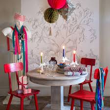 paper decorations streamers paper chains stars house garden