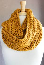 Double Crochet Scarf Patterns Gorgeous Here's An Easy Crochet Scarf Pattern Using Half Double Crochet For